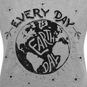 earthday - Women's T-shirt with rolled up sleeves