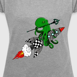 squid warrior - Women's T-shirt with rolled up sleeves