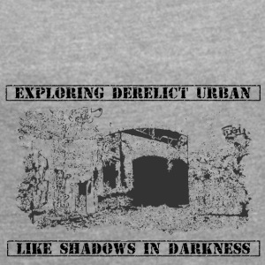 Urban Explorer - Women's T-shirt with rolled up sleeves