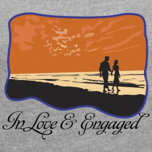 Engaged In Love - Women's T-shirt with rolled up sleeves
