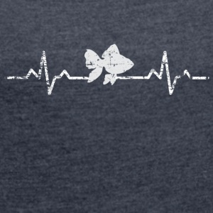 My heart beats for fish - Women's T-shirt with rolled up sleeves