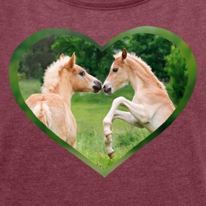 Haflinger foal funny friends with heart - Women's T-shirt with rolled up sleeves