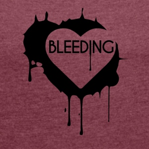 Bleeding Heart Design - Women's T-shirt with rolled up sleeves