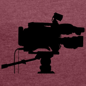 film camera - Women's T-shirt with rolled up sleeves