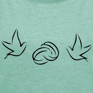 Pigeons (wedding rings) - Women's T-shirt with rolled up sleeves