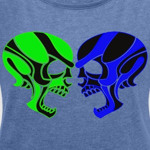 Skulls - Women's T-shirt with rolled up sleeves