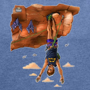 Climber hanging as bats - Women's T-shirt with rolled up sleeves