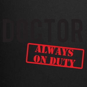 Læge / Doctor - Always On Duty - Ensfarvet krus