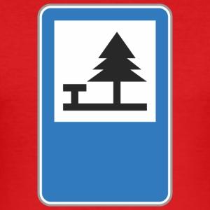 Road sign camping - Men's Slim Fit T-Shirt