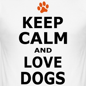 KEEP CALM AND LOVE DOGS - Pfotenabdruck - Männer Slim Fit T-Shirt