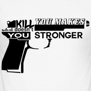 Geiler Spruch: What doesn´t kill you... - Männer Slim Fit T-Shirt