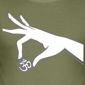 om hand two color - Männer Slim Fit T-Shirt