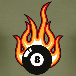 Billard Eight Ball in Feuer - Männer Slim Fit T-Shirt
