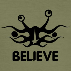 Believe into flying spaghetti monster - Men's Slim Fit T-Shirt