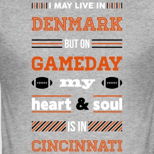 I may live in Denmark... (Cincinnati edition) - Herre Slim Fit T-Shirt