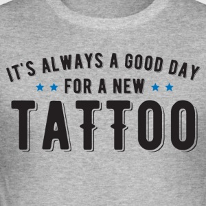 God dag for en ny tatovering - Slim Fit T-skjorte for menn
