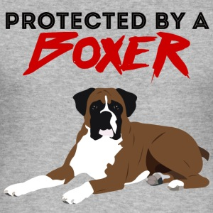 Hund / Boxer: Protected By A Boxer - Männer Slim Fit T-Shirt