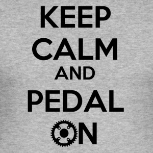 Keep Calm and Pedal On! - Slim Fit T-skjorte for menn