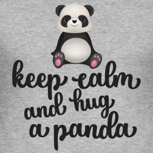 Keep calm and hug a panda - Männer Slim Fit T-Shirt