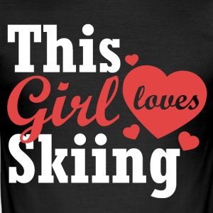 This girl loves Skiing - Männer Slim Fit T-Shirt