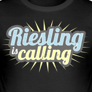 Riesling is calling - Männer Slim Fit T-Shirt