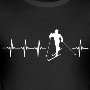 I love cross-country skiing (cross-country skiing heartbeat) - Men's Slim Fit T-Shirt