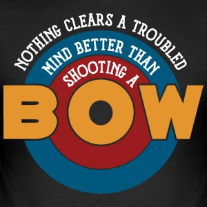 Shooting a bow clears a troubled mind - Men's Slim Fit T-Shirt