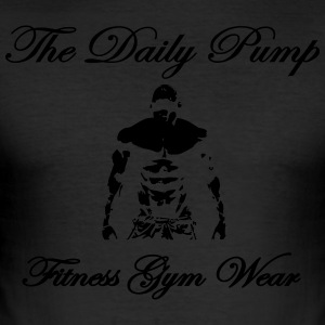 the daily pump fitness model - Männer Slim Fit T-Shirt