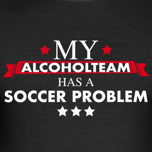 Soccer Club Alcohol Teamshirt - Männer Slim Fit T-Shirt