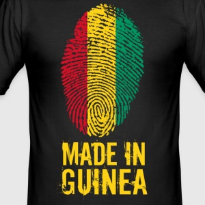 Gemaakt in Guinea / La Guinée - slim fit T-shirt