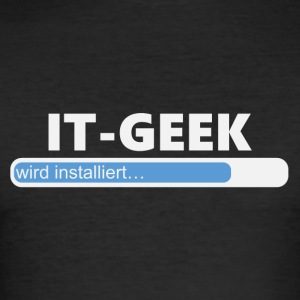 Installiere IT Geek (1032) - Männer Slim Fit T-Shirt