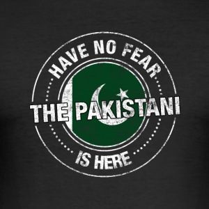 Have No Fear The Pakistani Is Here Shirt - Slim Fit T-shirt herr