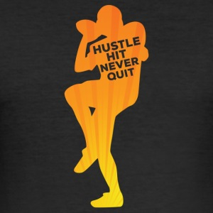 Fotball: Hustle hit Never Quit - Slim Fit T-skjorte for menn