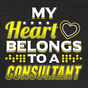 My Heart Belongs To A Consultant - Männer Slim Fit T-Shirt