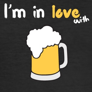 I m in love with beer - Männer Slim Fit T-Shirt