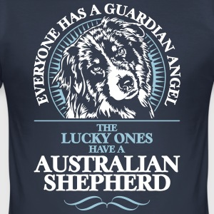 GUARDIAN ANGEL AUSTRALIAN SHEPHERD - Männer Slim Fit T-Shirt