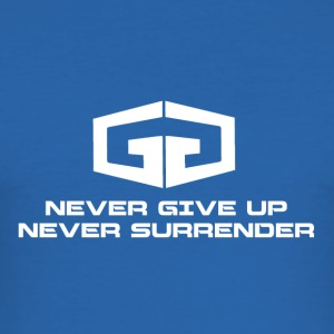 NeverGiveUp White - slim fit T-shirt