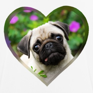 Funny pug puppy dog ​​photo portrait with heart - Men's Breathable T-Shirt