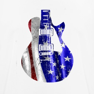 Patriotic USA flage on guitar - Men's Breathable T-Shirt