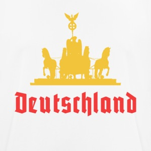 Deutschland Brandenburg gate quadriga T-Shirt - Men's Breathable T-Shirt