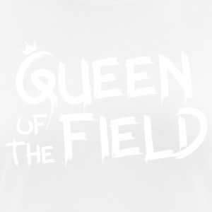 Queen of the field - Women's Breathable T-Shirt