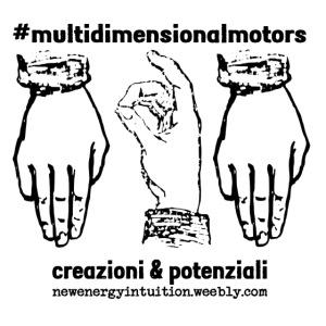 logo #MultiDimensionalMotors con segni mano