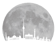 Berlin Skyline vor Mond Fernsehturm Bundestag Weltzeituhr Oberbaumbrücke Brandenburger Tor Funkturm