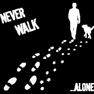 MANN UND HUND NEVER WALK ALONE