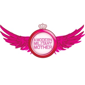 A Modern Military Mother Logo
