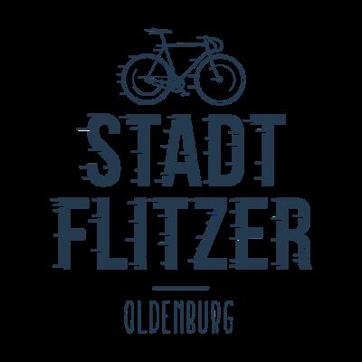 Stadt Flitzer Oldenburg - Die Geschenkidee für alle Fahrrad Fahrer, Fahrradkuriere, Rennradfahrer, Fixi-Fahrer, Mountainbike-Fahrer aus Oldenburg. Zeige, dass du ein Stadt Flitzer aus Oldenburg bist. - Bike,Fahradkurier,Oldenburg,Radprofi,Berufsfahrer,Fahrrad,Shirtista,Stadt,Downhill,Mountainbike,Zusteller,Rennfahrer,Drahtesel,City,Flitzer,Radrennen,Rennradfahrer