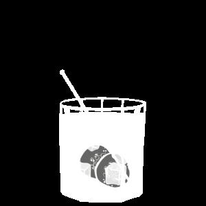 Gin Tonic auf Eis im Glas mit Gurke - transparent