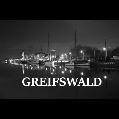 Greifswald Hafen - Greifswald Hafen - segelschiff,küste,Vorpommern,Segelboote,Schwarz-weiß,Ostsee,Mecklenburg-Vorpommern,Langzeitbelichtung,Idee,Hafen,Greifswald,Geschenk