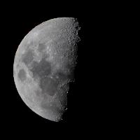 Mond Halbmond Vollmond in der Nacht