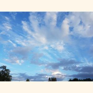 Himmlisches Bild bei schönem Wetter